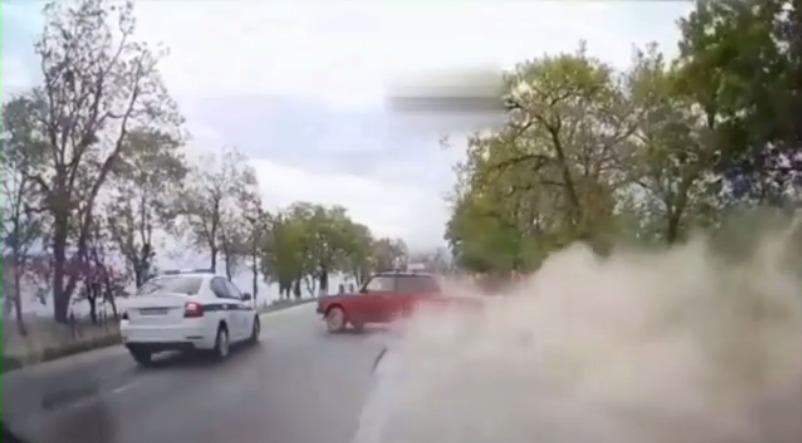 GTA по-новороссийски: полицейские устроили погоню за легковушкой