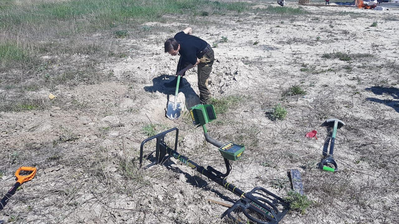 Новороссийские поисковики нашли останки двух советских военнослужащих на Малой земле накануне 9 мая