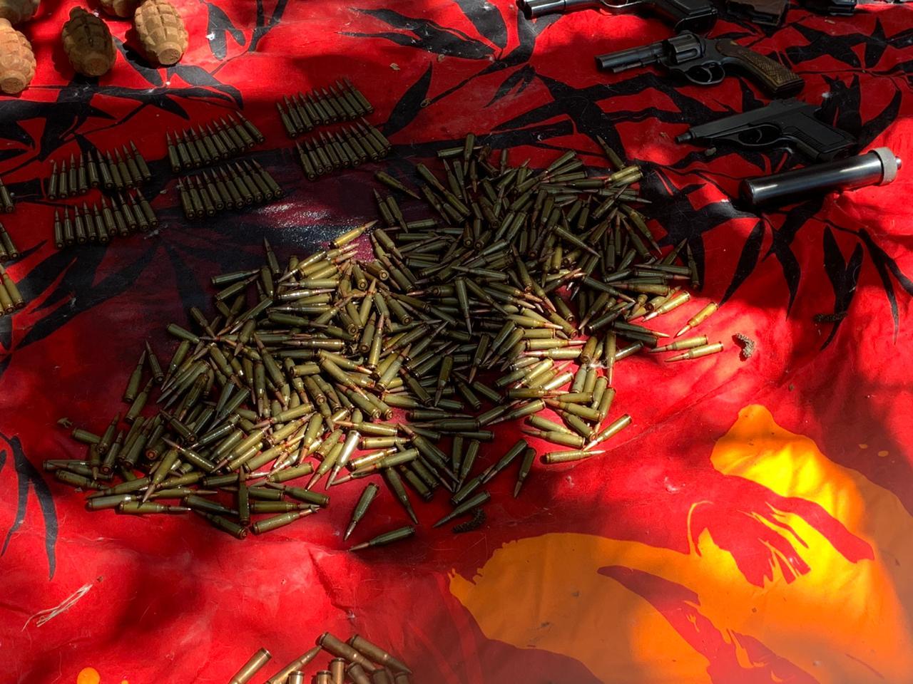 В Новороссийске в одном из гаражей обнаружили настоящий склад боеприпасов