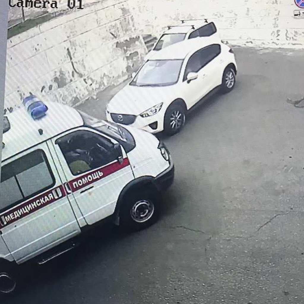 В горбольнице Новороссийска посетители не пропустили «скорую»
