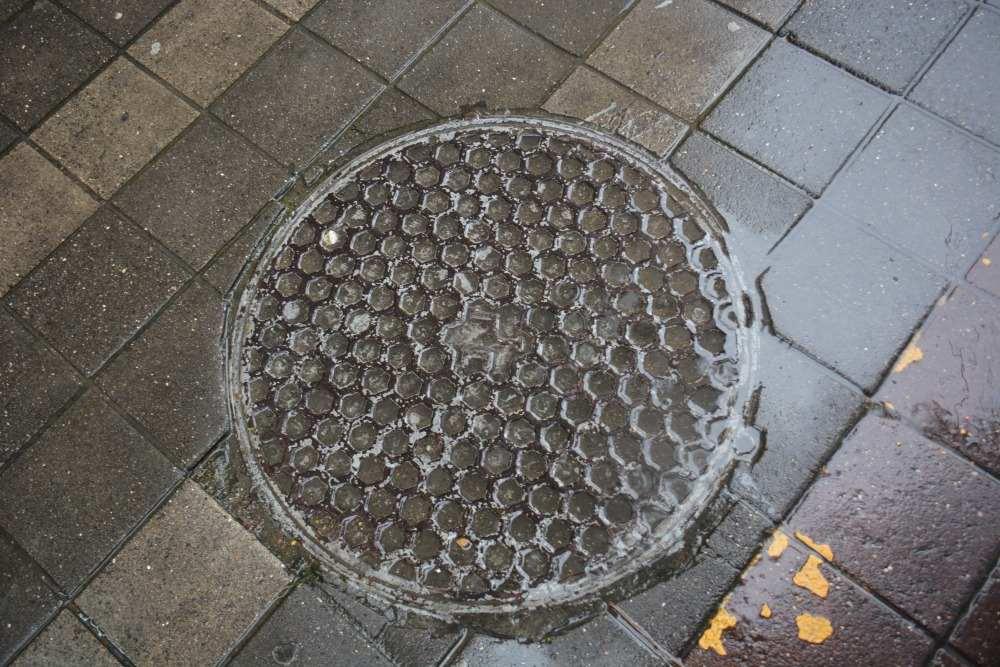 люк канализация ливневка слив