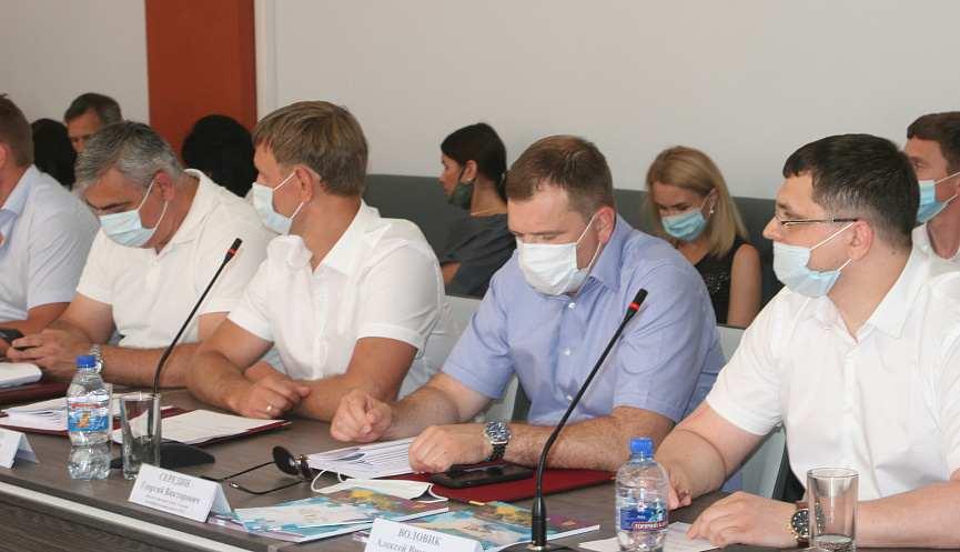Депутаты утвердили отчет об использовании бюджета в Новороссийске за 2019 год: на что ушли деньги налогоплательщиков?