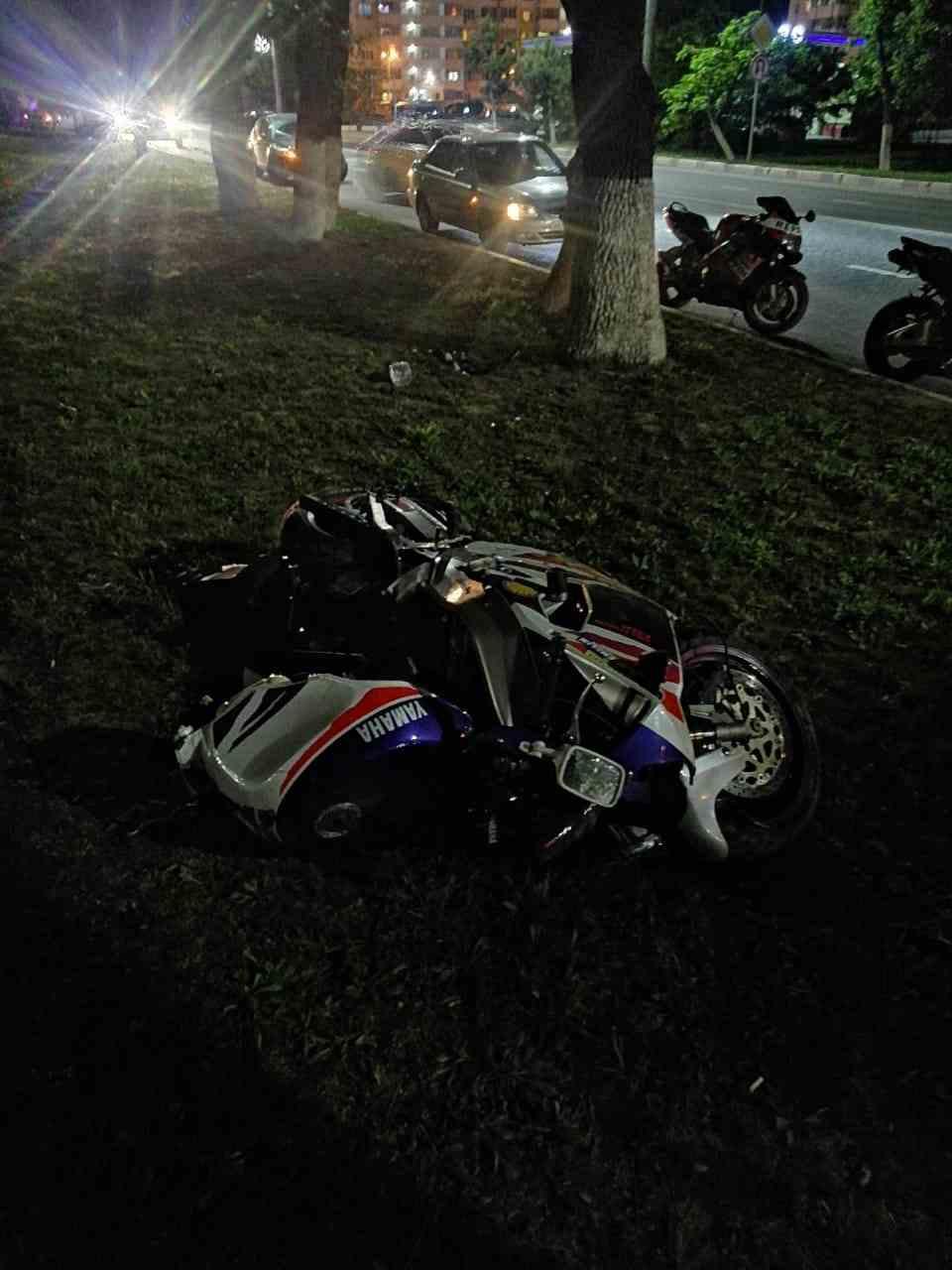 Очередная жертва мотосезона: в Новороссийске разбился мотоциклист