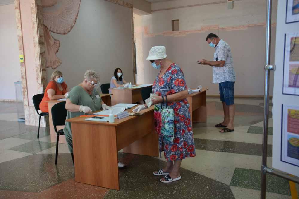 Жители Краснодарского края практически единогласны: почти 89 процентов проголосовали за поправки в Конституцию