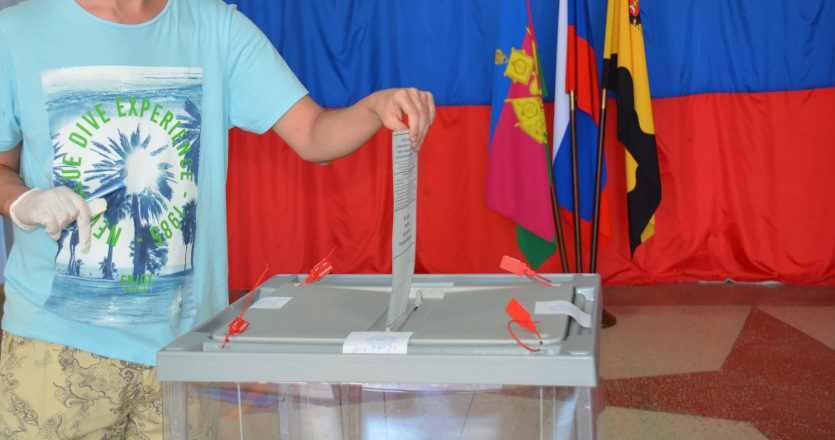 Депутаты Новороссийска продолжают кого-то агитировать