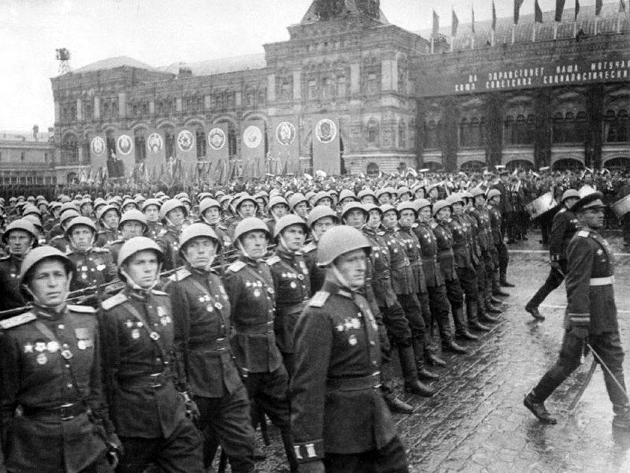 Стала известна версия, почему Парад Победы состоялся 24, а не 22 июня