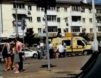 В Новороссийске маршрутка сбила женщину на пешеходном переходе