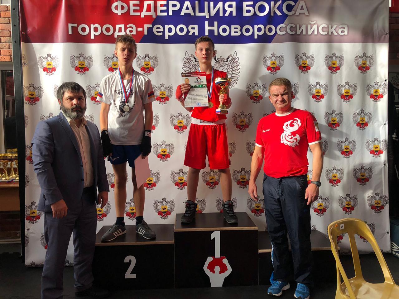 Новороссийские боксеры готовятся к очередному турниру