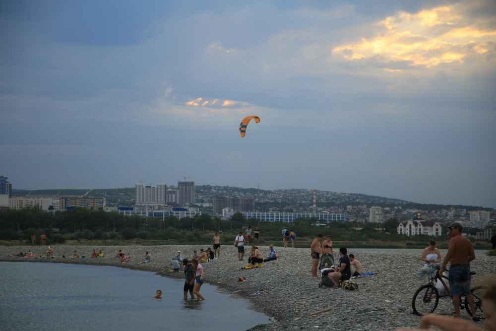 В Новороссийск  норд-ост несет жару