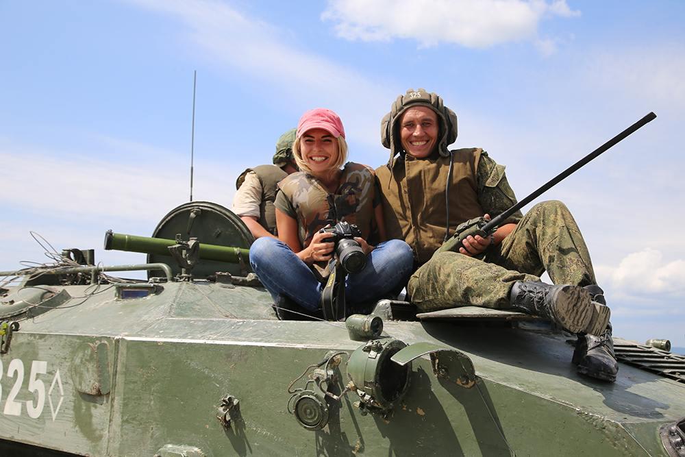 Новороссийские десантники форсируют водные преграды
