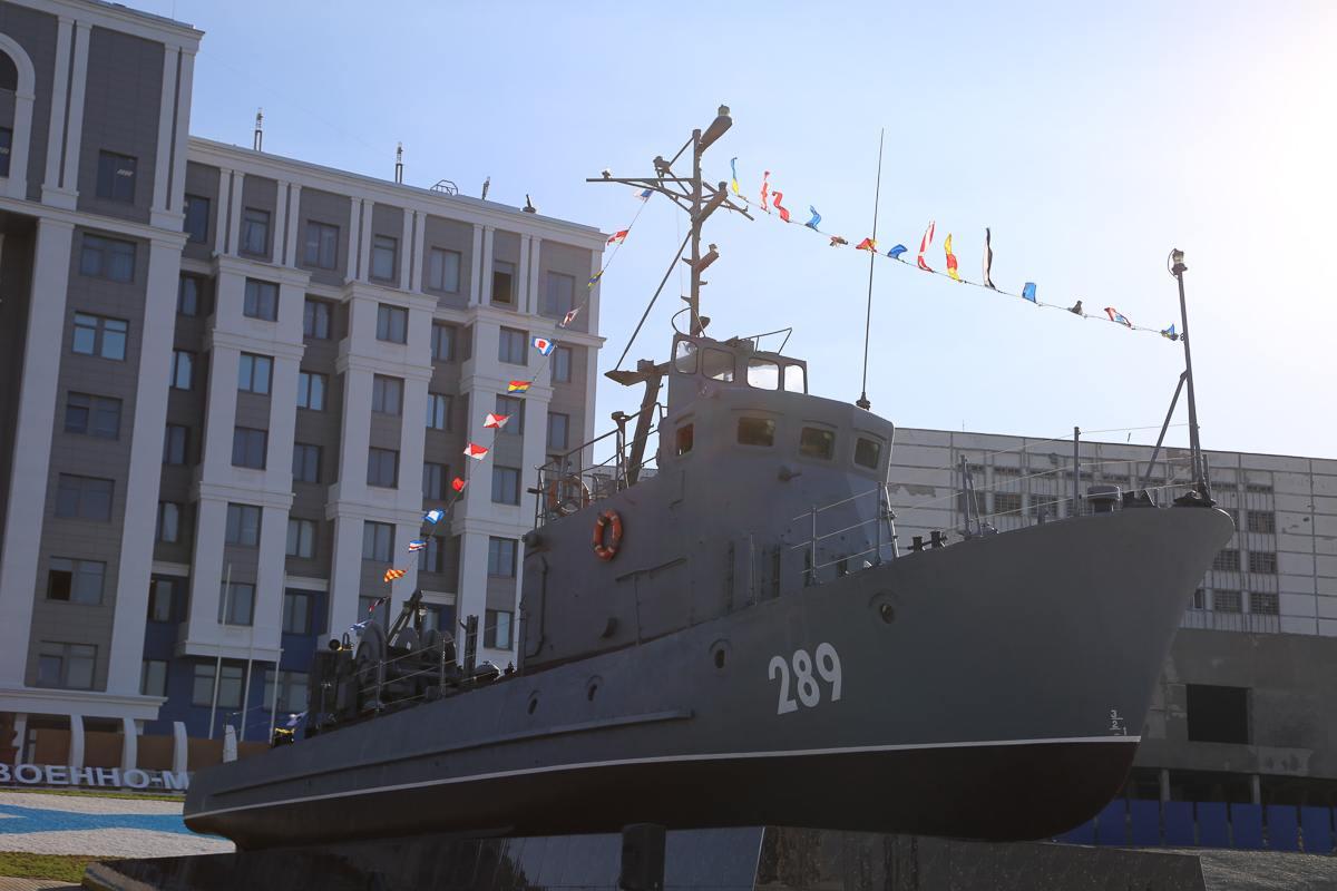 В Новороссийске открыли мемориал военным морякам