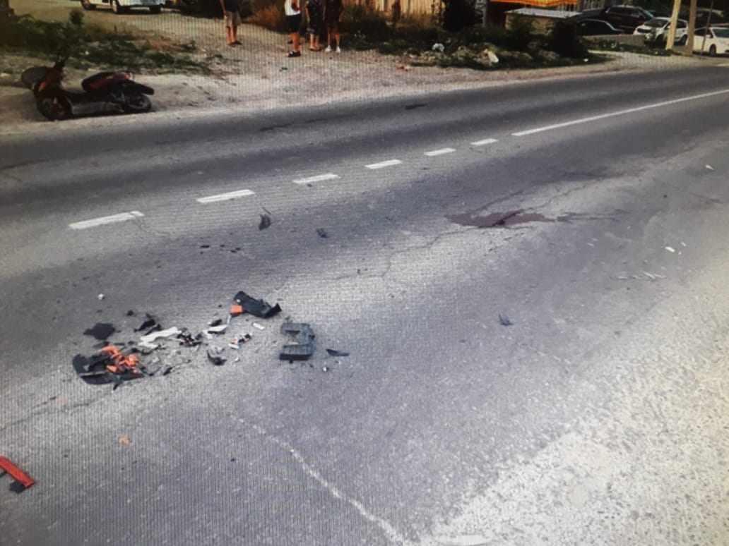 В Новороссийске в аварии погиб мопедист, а его пассажир ранен