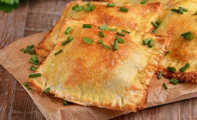 Пирожки из хлеба для тостов: простой рецепт на завтрак