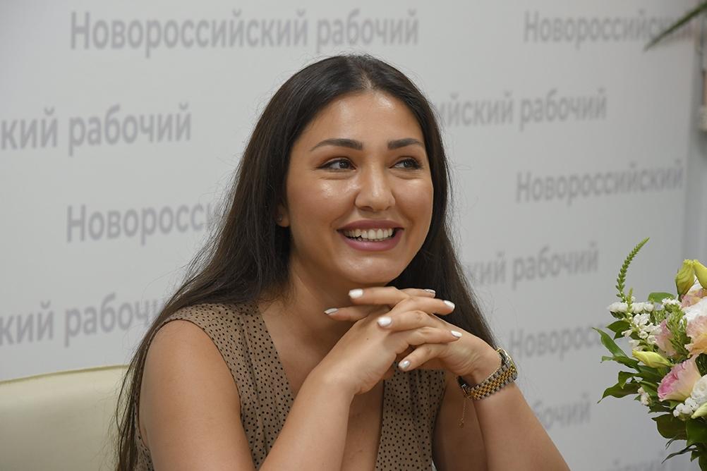 Оперная певица из Новороссийска покорила мировую сцену и спела с Пласидо Доминго