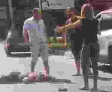 В Новороссийске женщина перебегала дорогу и попала под машину