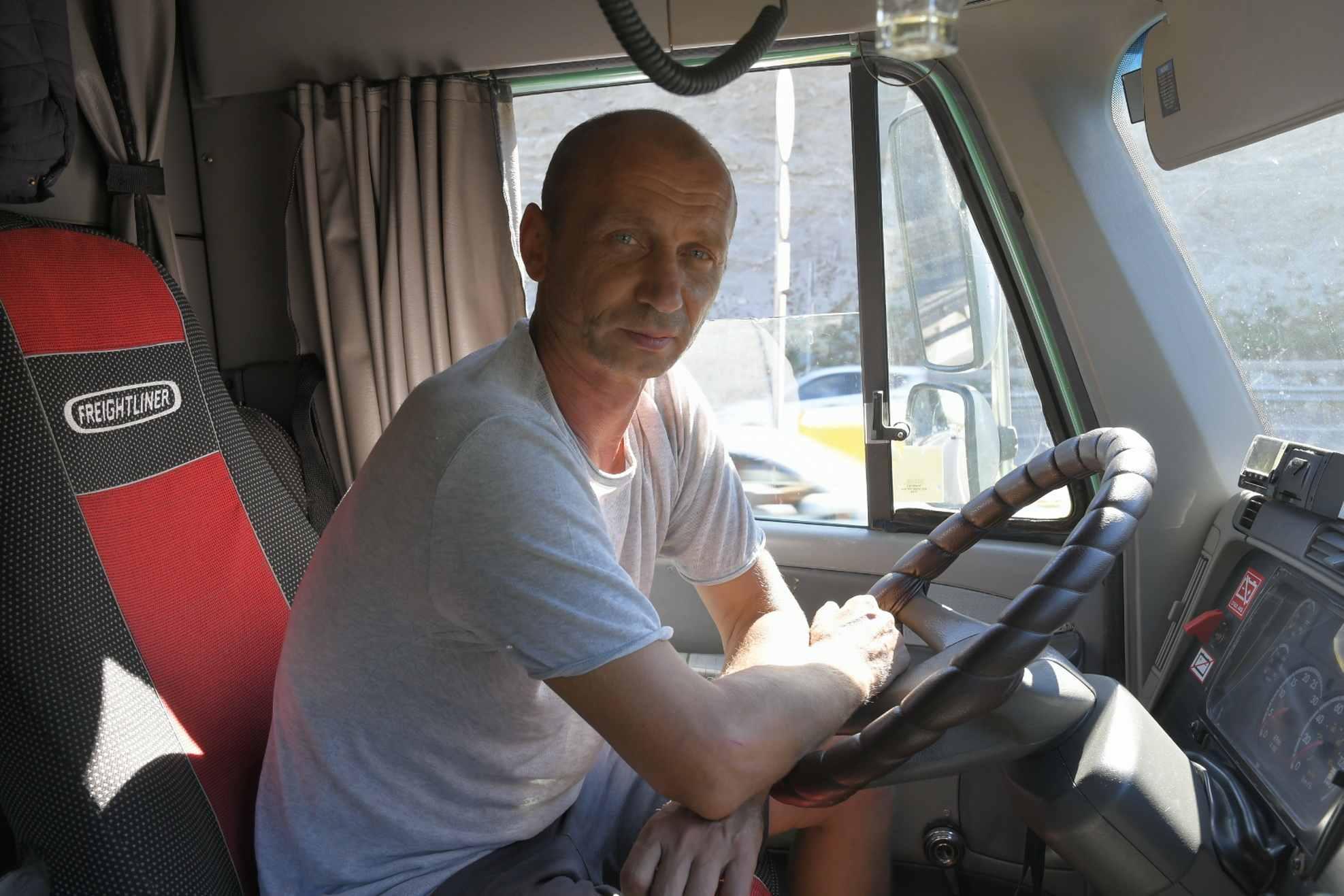 День дальнобойщика, или Как я с человеком, похожим на Путина, за жизнь говорила