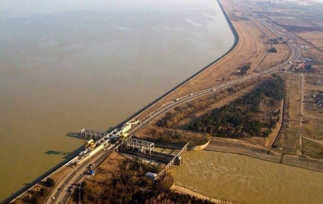 Воды в Новороссийске станет еще меньше: слухи и правда о новости, взорвавшей Интернет