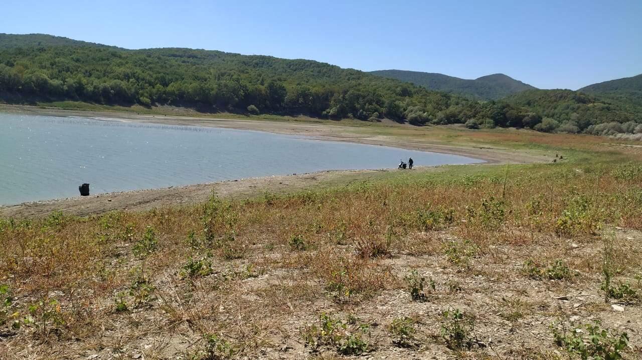 Неберджаевское водохранилище, которое снабжает Новороссийск водой, практически высохло. Дожди не спасают?