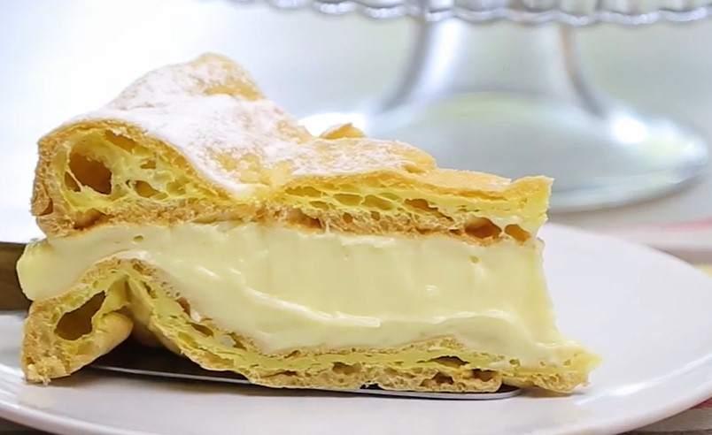 Изумительно вкусный десерт. Торт «Нежность»: крем и тесто заварные.
