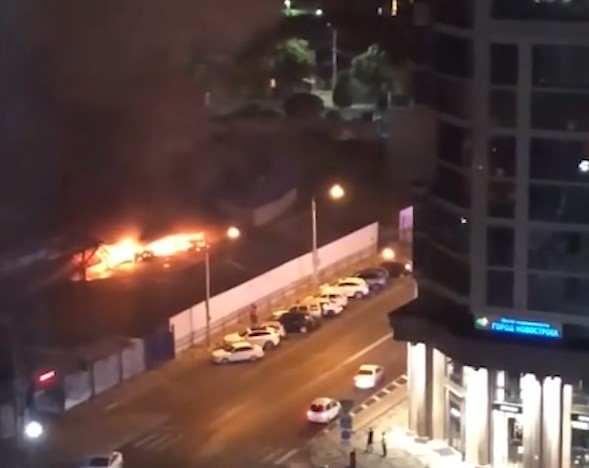 Пожары становятся все более агрессивными: в Краснодаре полыхал крупный рынок