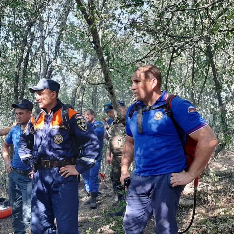 В Новороссийске потушили пожар на горе Колдун