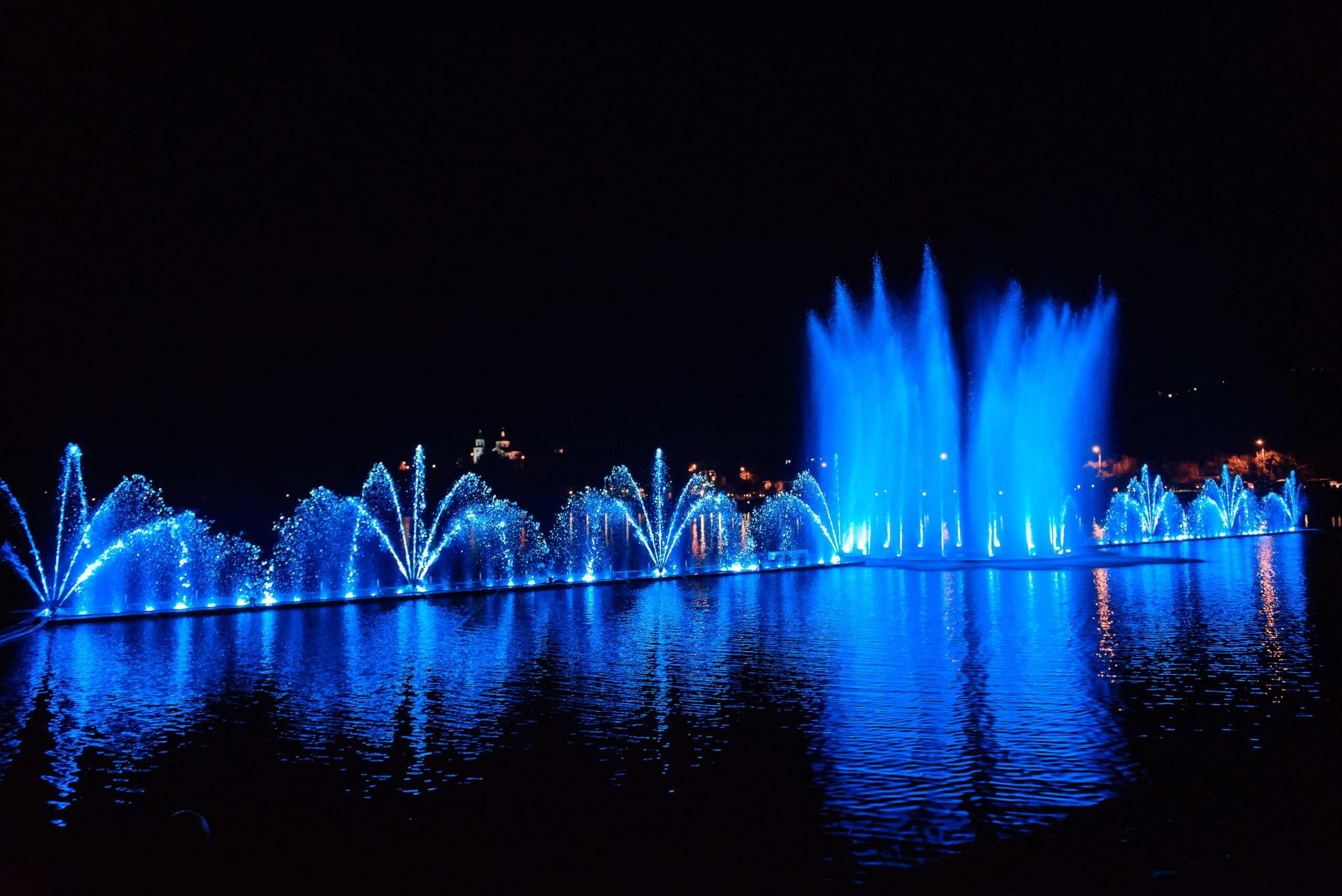 На озере Абрау под Новороссийском готовятся к запуску нового светозвукового шоу фонтанов
