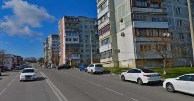 В Новороссийске забыли вернуть на место тротуар на Волгоградской