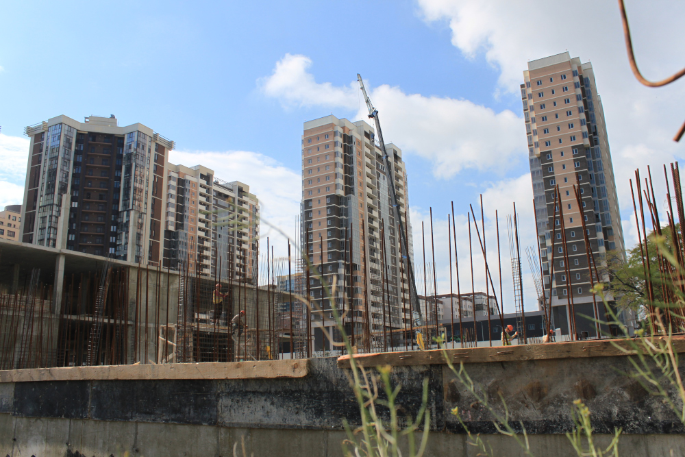 Жертвой строительства гостиничного комплекса «Мариот» в Новороссийске стал бассейн ДОСААФ: тренировки прекращены