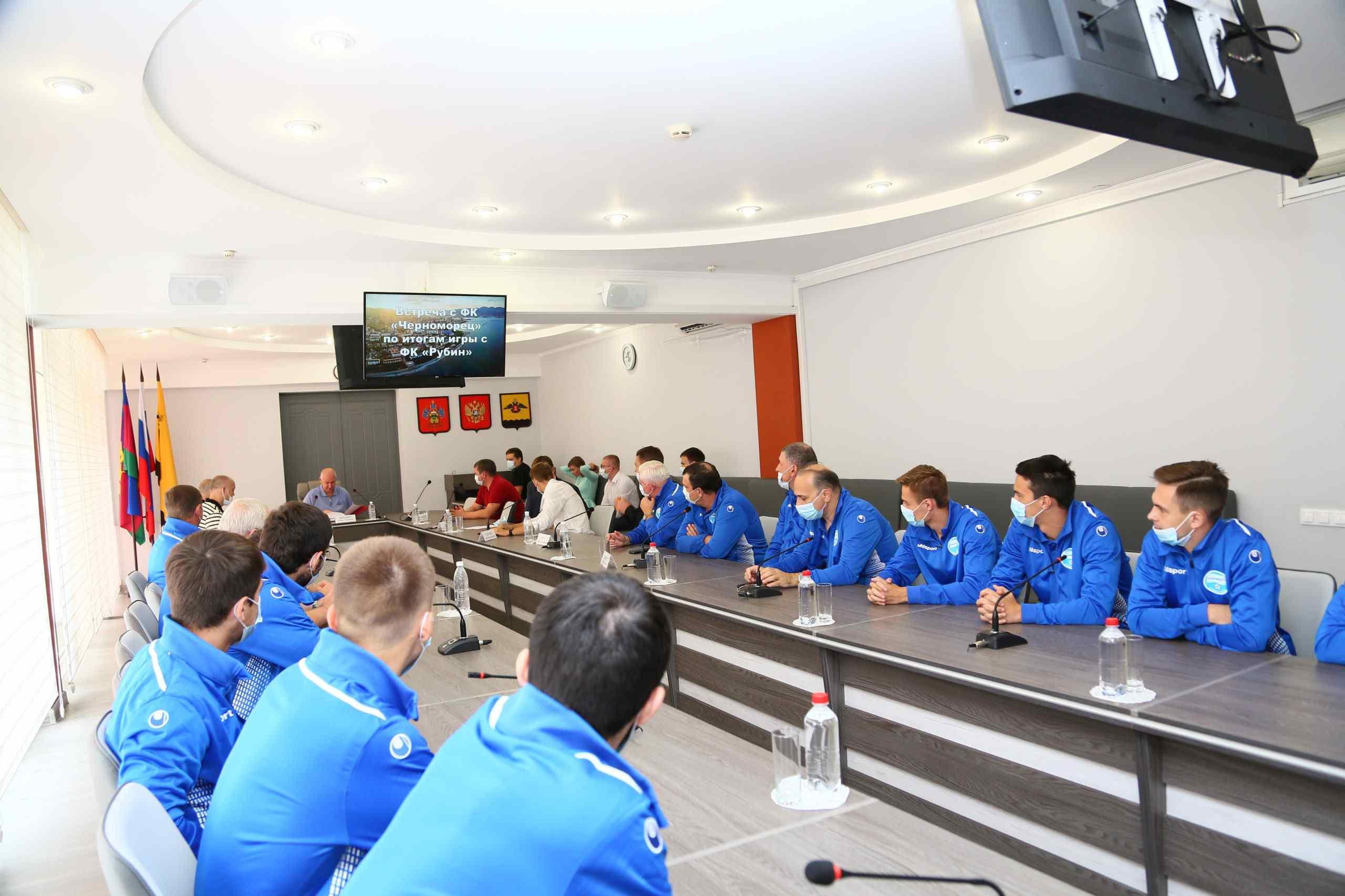 Глава города похвалил наших футболистов за «Рубин»