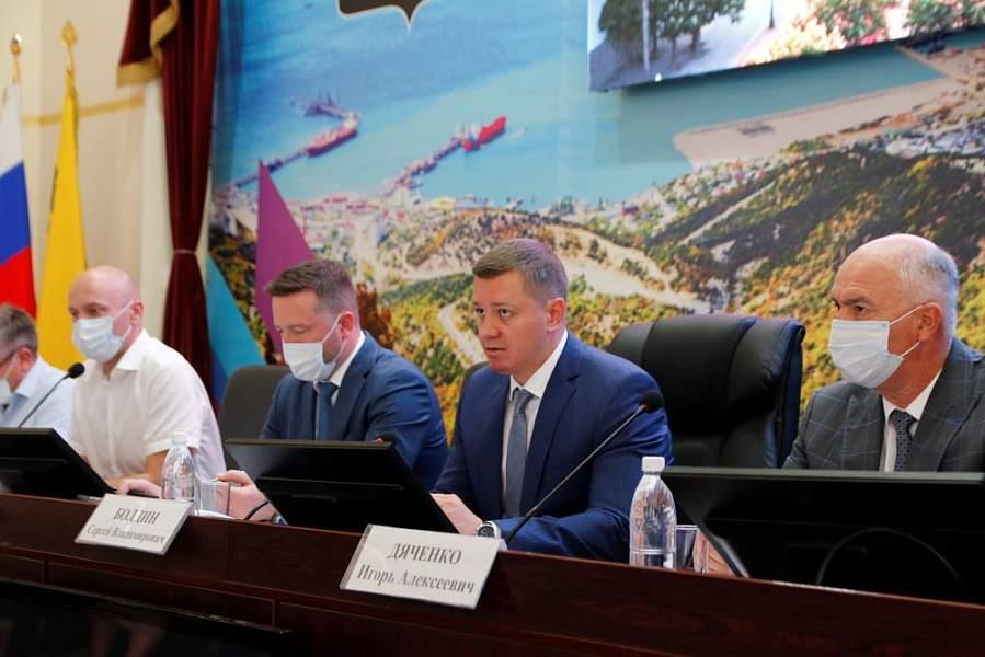 В Новороссийске межведомственная комиссия нашла  нарушения: застройку водоохраной зоны и земель лесного фонда