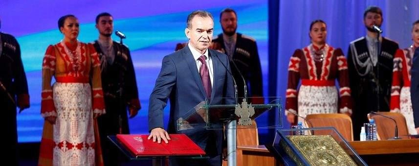 Губернатор Краснодарского края пообещал держать на особом контроле решение проблем обманутых дольщиков