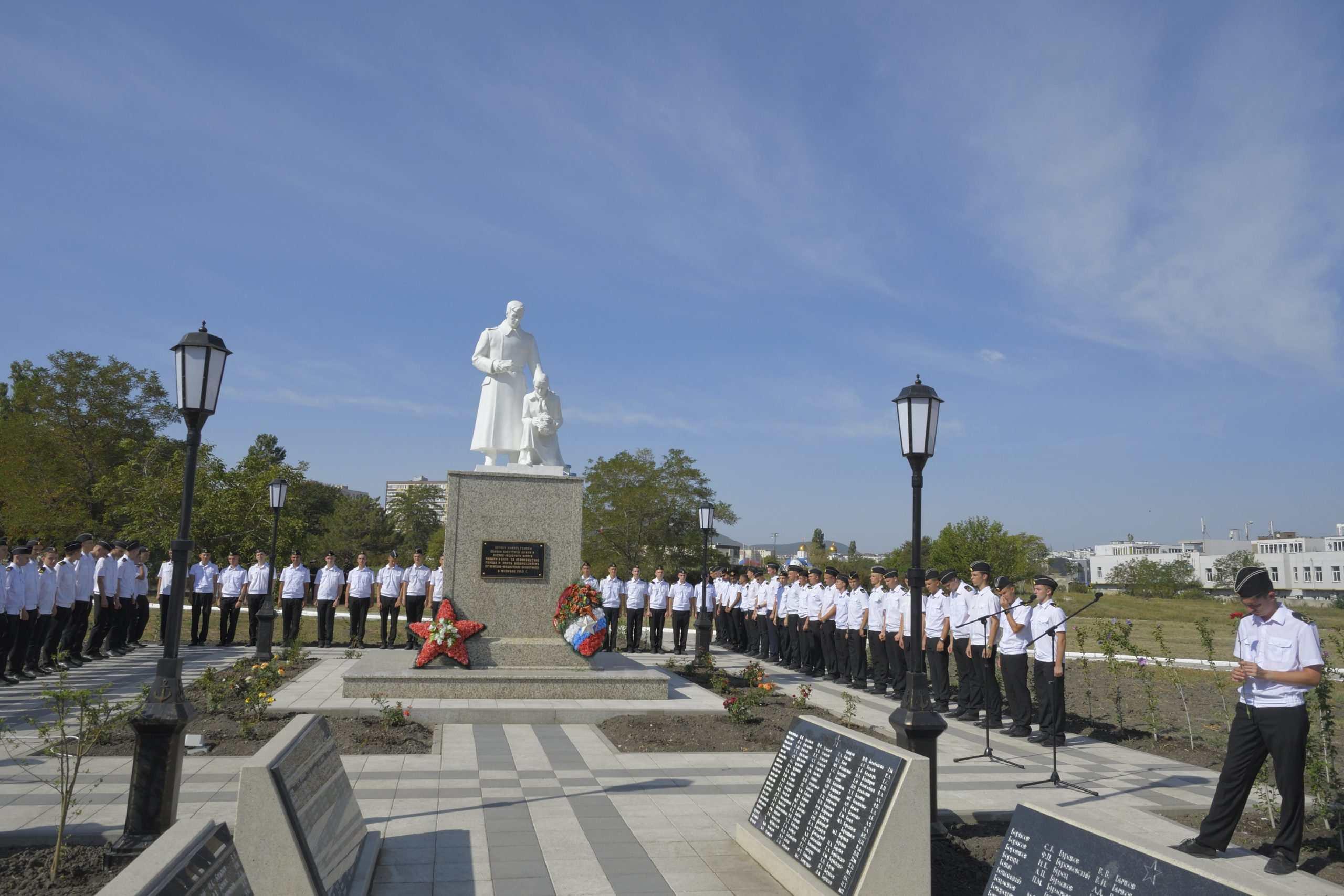 В Новороссийске открыли «Аллею Победы» в память о героях-малоземельцах