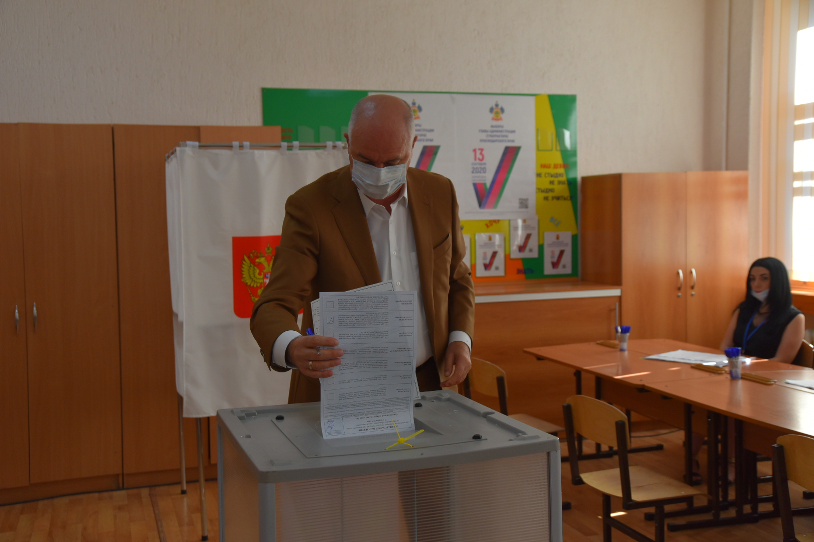Глава Новороссийска принял участие в выборах