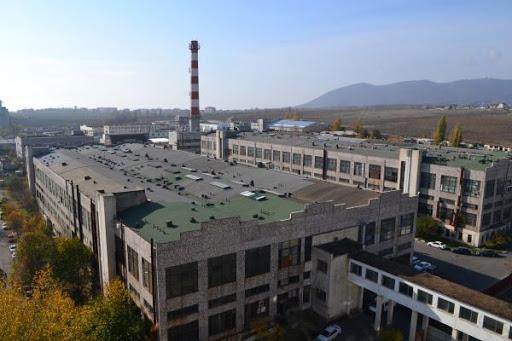Завод «Прибой» в Новороссийске: от секретной военной радиопродукции до мебели и туалетной бумаги