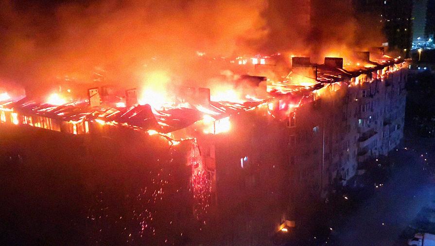 Следственный комитет сообщил, что целый этаж жилого дома в Краснодаре сгорел из-за нарушений при строительстве