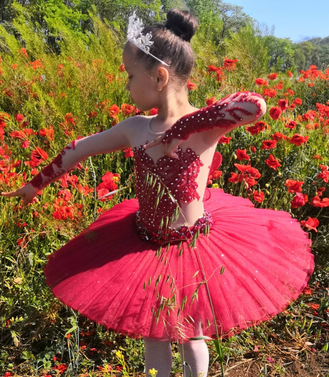 Новороссийские балерины участвуют в испанском конкурсе. Давайте поддержим наших девочек!
