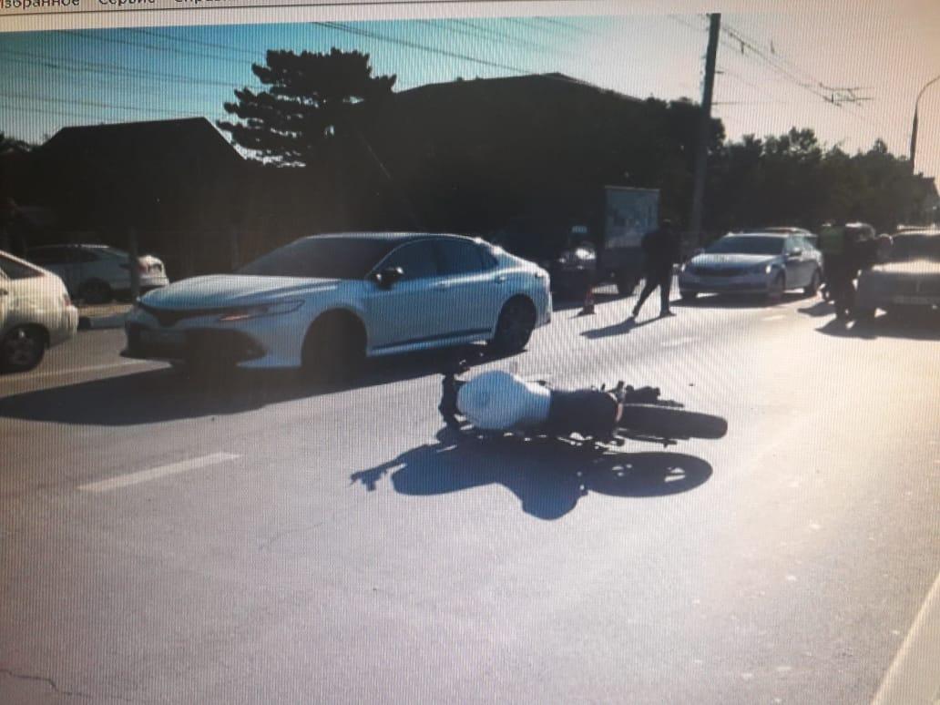 В Новороссийске сбили школьника, который решил перебежать дорогу перед зеброй