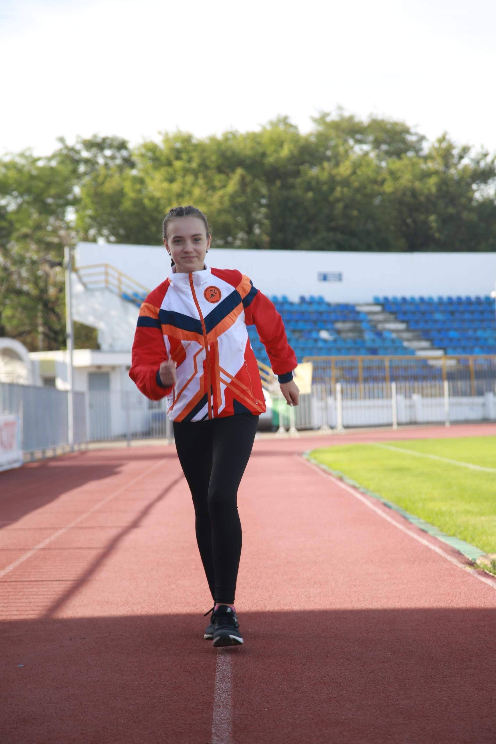 Звезда спортивной ходьбы Новороссийска рассказала, какие спортсмены самые худые