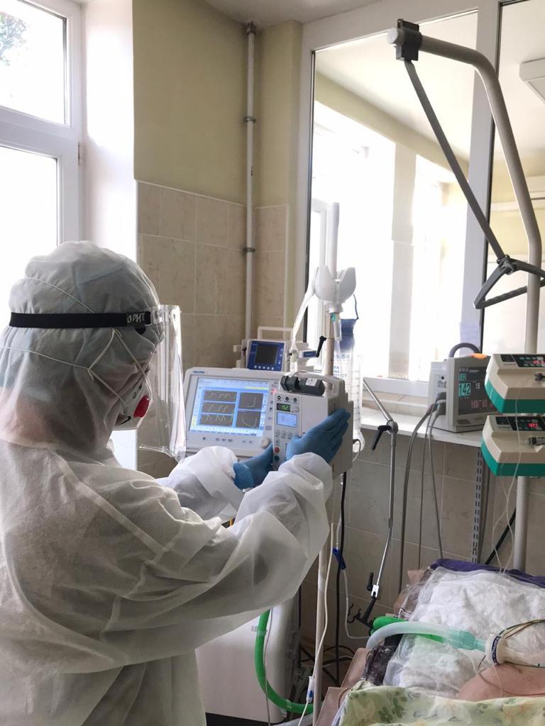 В Новороссийске от последствий коронавируса умерли два человека и столько же заразилось