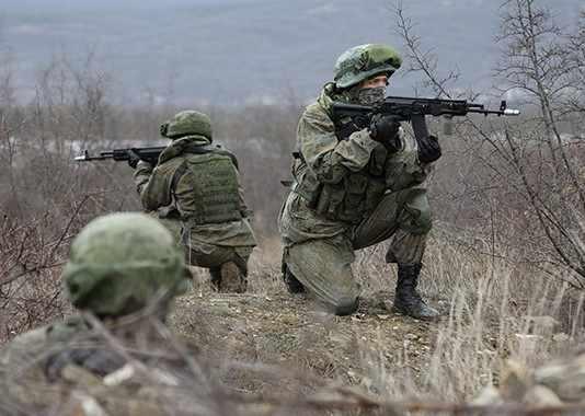 Под Новороссийском десантники-разведчики вели бой в тылу врага