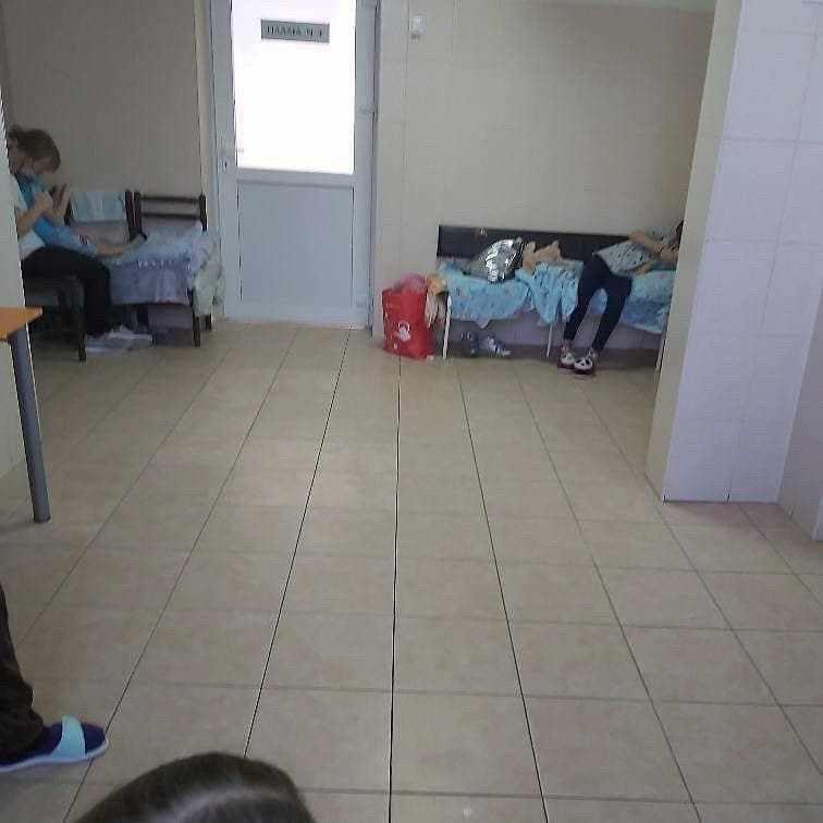 За отсутствие мест в палатах детской больницы Новороссийска наказали персонал