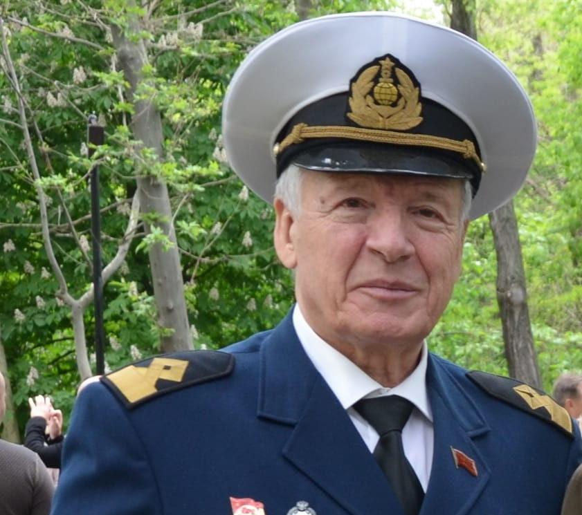 Город потерял одного из лучших своих граждан, педагога и основателя Морского технического лицея Алексея Меркулова