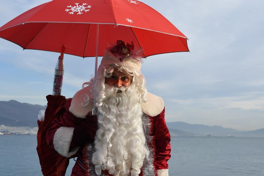 В Новороссийске состоится традиционный забег Дедов Морозов… в масках