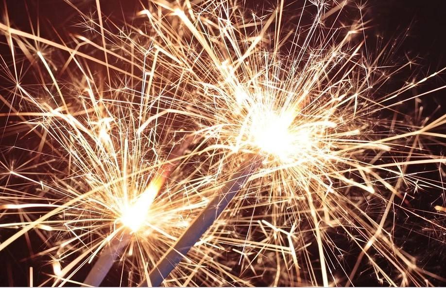 Перед новогодними праздниками в Краснодарском крае пройдут проверки всех точек торговли пиротехникой