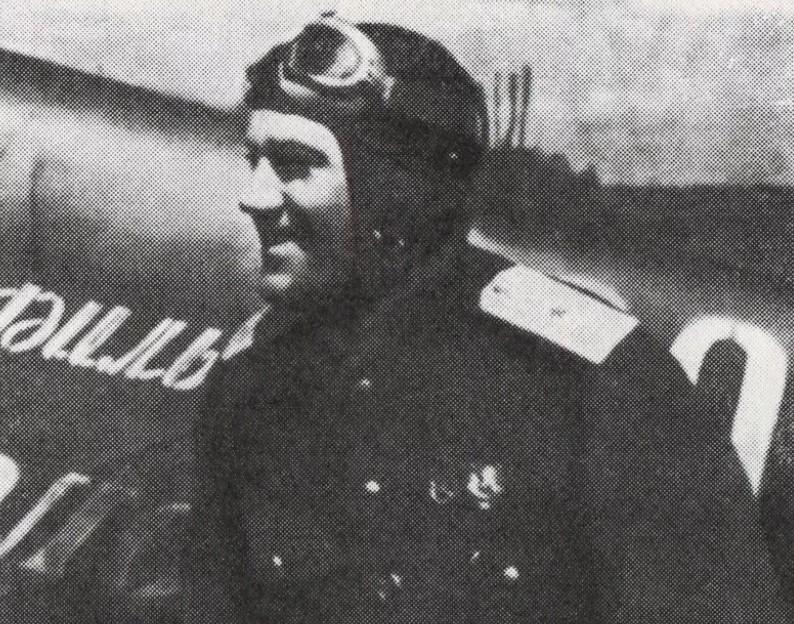 Уроженец Новороссийска, маршал авиации Евгений Савицкий по прозвищу Дракон
