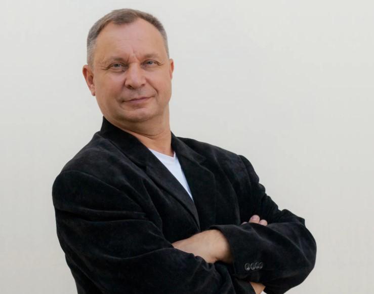 Новороссийский писатель считает юмор «дверкой в позитив»