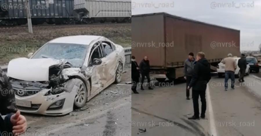 Дорога в Краснодар через станицу Нижнебаканскую заблокирована из-за жесткого ДТП