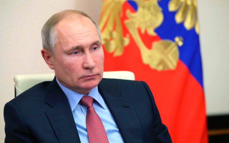 Президент страны решил убрать возрастные ограничения для чиновников высшего ранга