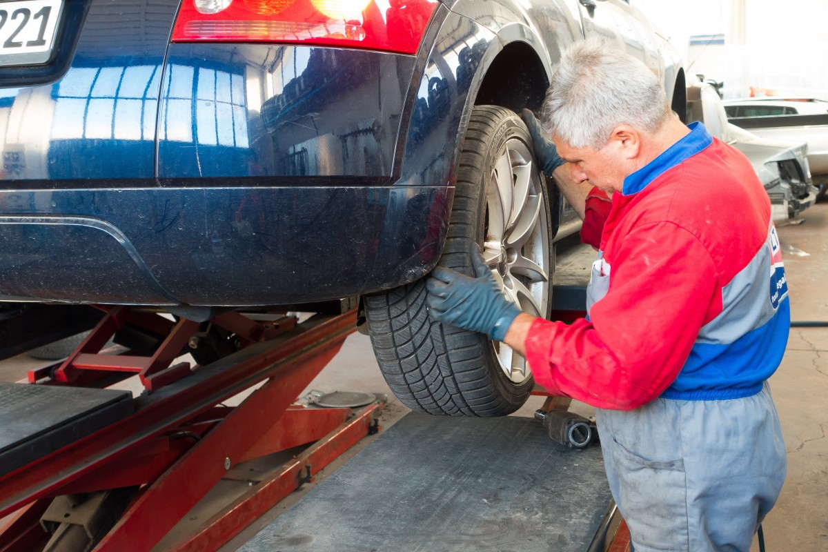 Новый порядок техосмотра автомобилей вступит в силу не 1 марта, как сообщалось ранее, а 1 октября
