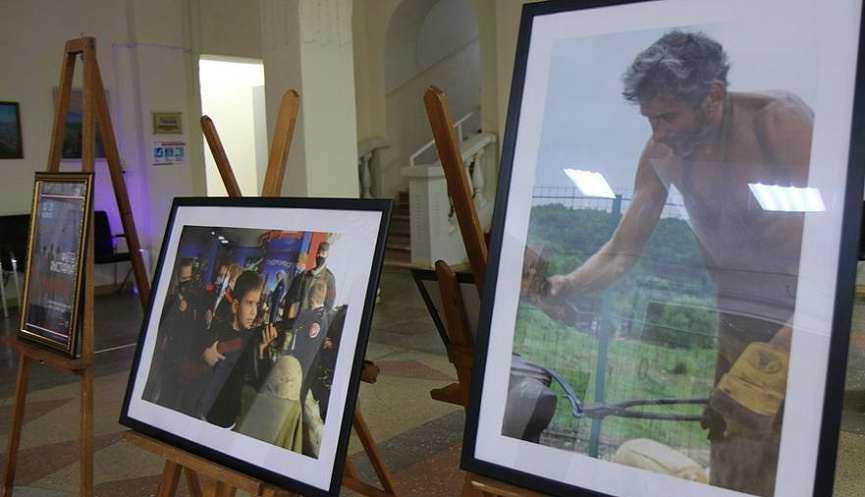 В Новороссийске начинает работу фотовыставка «Мужики», приуроченная ко Дню Защитника отечества